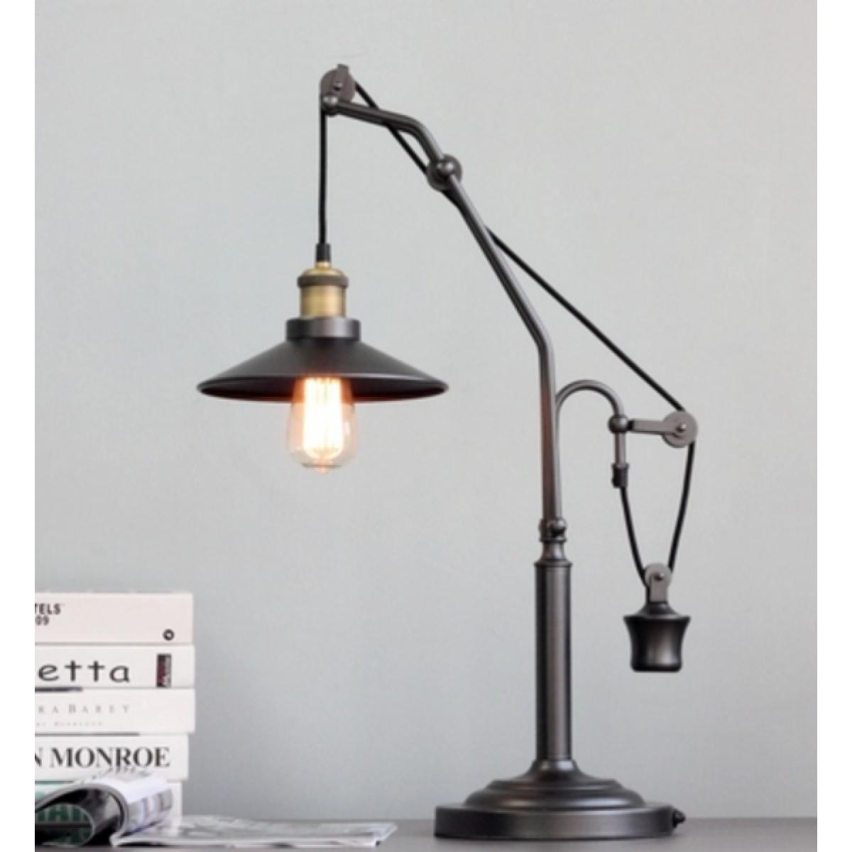 Tischlampe für die amerikanische Restaurierungshardwarestil des ...